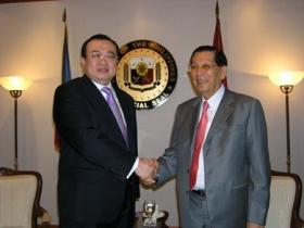 刘建超会见菲律宾议长 呼吁勿使南海局势复杂化