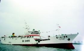 卫星定位显示台湾遭劫持渔船在海上打转