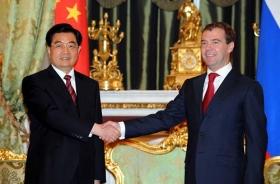 中国俄罗斯签署能源合作文件(图)