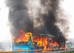 成都公交车燃烧事件查明系故意纵火 疑犯死亡