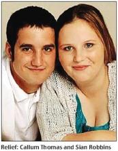 英国15岁少女生子3年后产下三胞胎