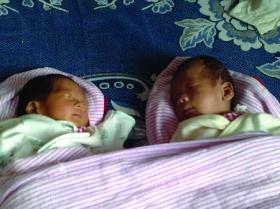 怀八胞胎孕妇做减胎手术后产下龙凤胎(图)