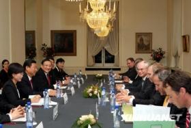 习近平同比利时首相范龙佩会谈(图)