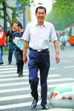 浙江原环保局长戴备军受审 下文件为情妇谋利