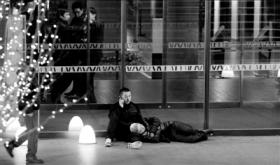 票贩子国家大剧院被打伤   剧院方称对方先行动手警方已介入调查