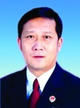 高检官员质疑网民推动邓玉娇案:应信法制