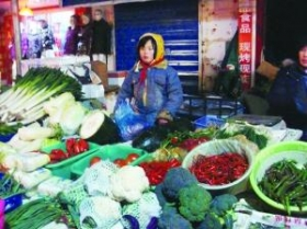 9岁卖菜女童成为网络红人(图)