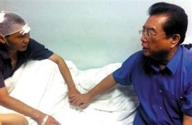 李双江称不参与警方对儿子打人事件处理
