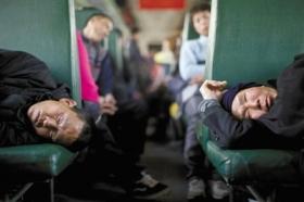 铁道部:已安排5029列临客送农民工回家过年