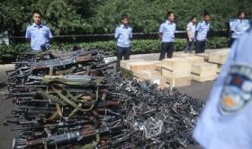 江苏淮安查获2个地下造枪工厂 缴枪6000余支