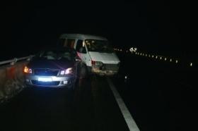 3人在高速上因事故争吵被路过货车撞死