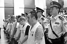 青川特大血案20年后开审遭疑