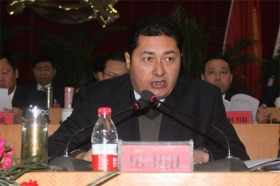 新疆和田市长阿迪力·努尔买买提涉违纪被查