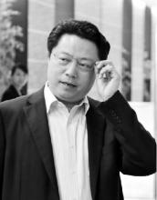 媒体:杨卫泽落马前曾试图跳楼 被人摁住